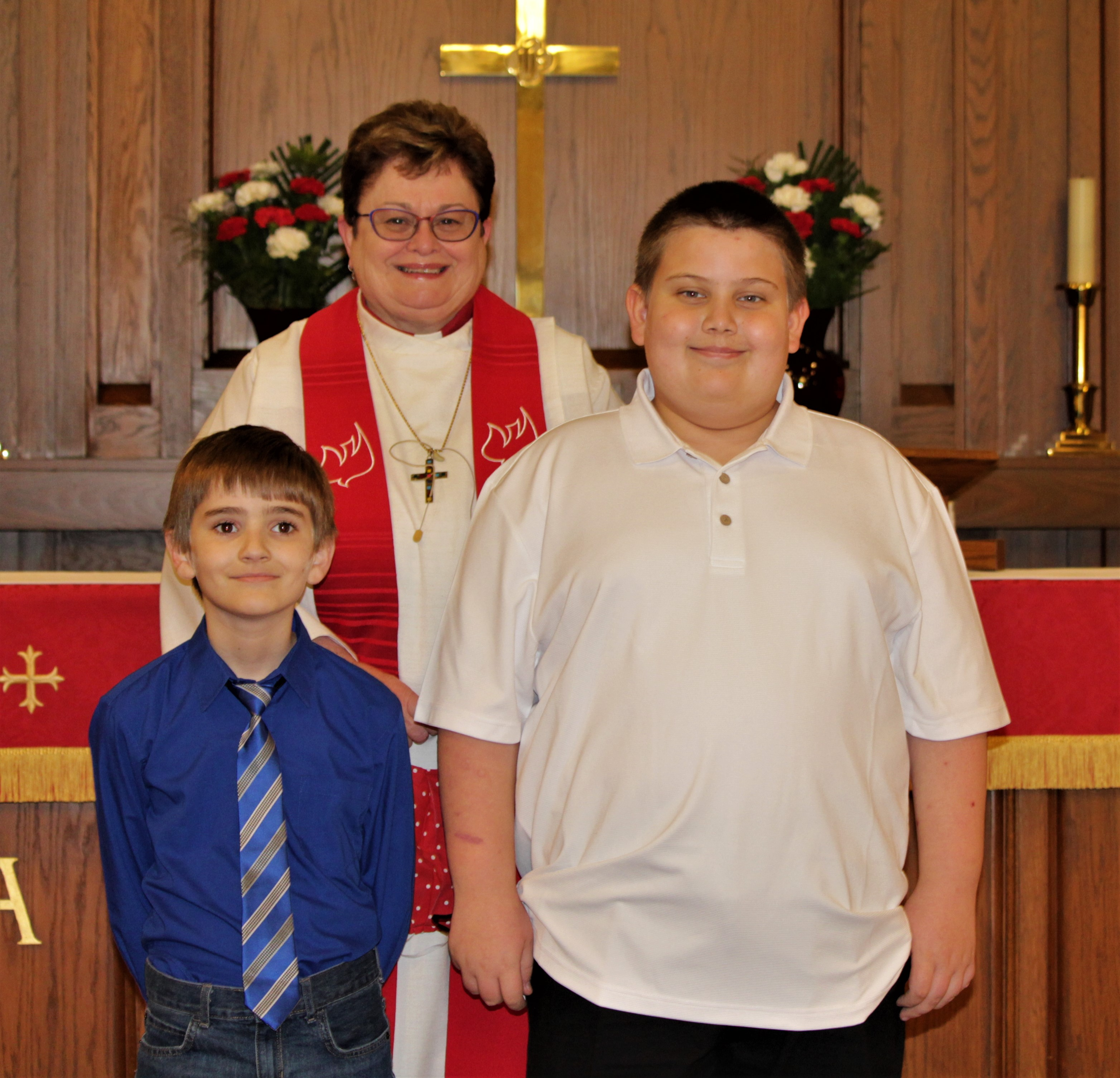 images/stories/HeaderImages/Frame3/First Communion Dayton and Grant.JPG